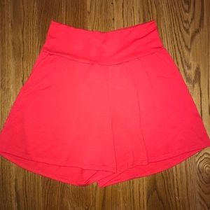 Boutique Red Casual Shorts Women's Size Small